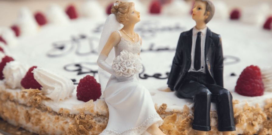 Best marriage anniversary gifts for him