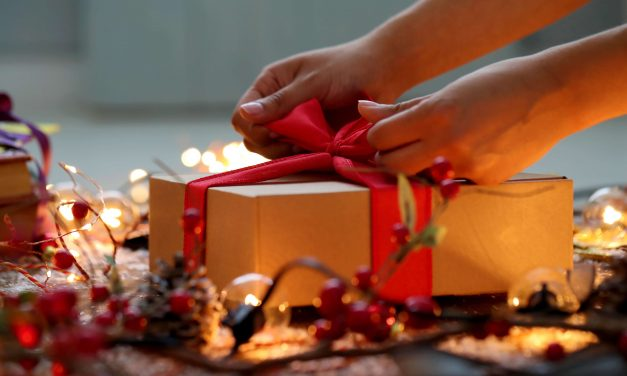 Surprise your loved ones with these last-minute holiday gift ideas